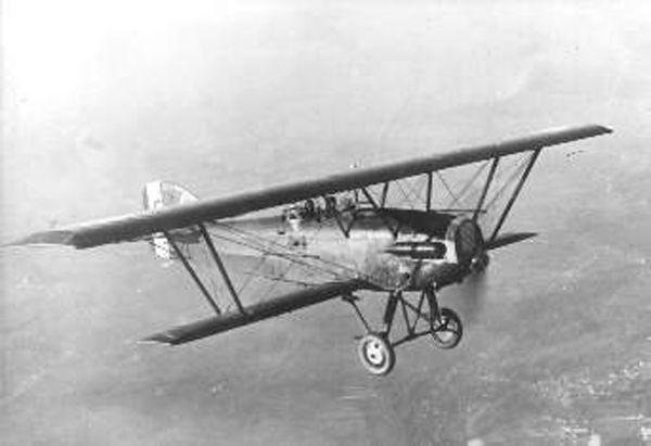 Potez XXV - taki samolot uratował płk Gablech z bombardowanego lotniska