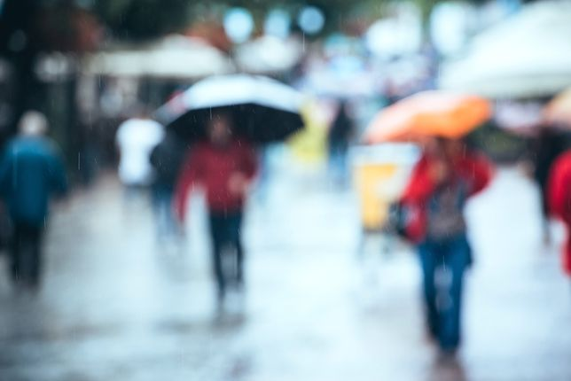 RCB: ostrzeżenia hydrologiczne dla pięciu województw