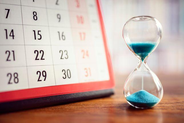 Dni wolne od pracy 2019 - kalendarz dni wolnych w 2019 roku.