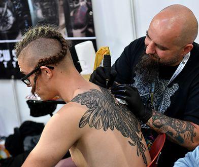 Z powodu koronawirusa odwołano European Tattoo Show 2020 [zdjęcie ilustracyjne]