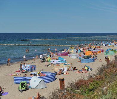 """Wakacje w """"polskim Dubaju"""". Największa sztuczna plaża w Europie jest w Polsce"""