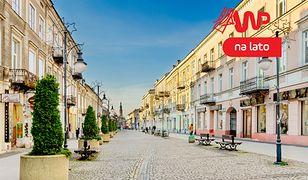 """Odczarować """"polskie dziury"""". Czyli miasta przed którymi uciekają Polacy"""
