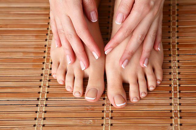 Problem zimnych stóp i dłoni dotyka wiele osób
