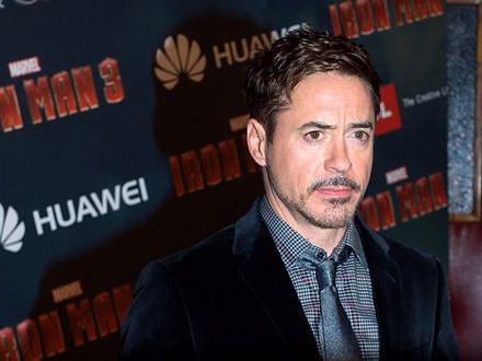 Robert Downey Jr. za stary na Iron Mana