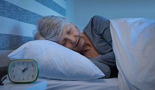 Prosty sposób  na szybkie zasypianie