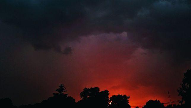 Burze, grad i potężne ulewy. Pogoda będzie groźna w całej Polsce