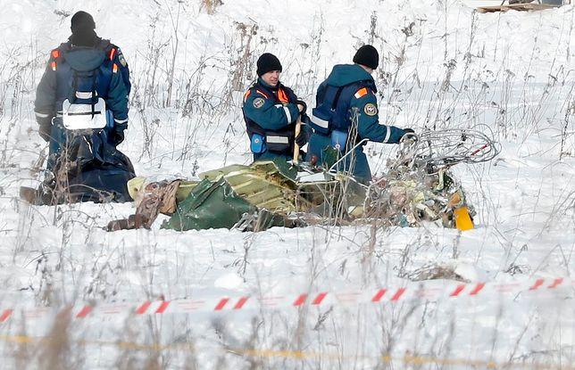 Rosyjskie służby wciąż pracują na miejscu katastrofy