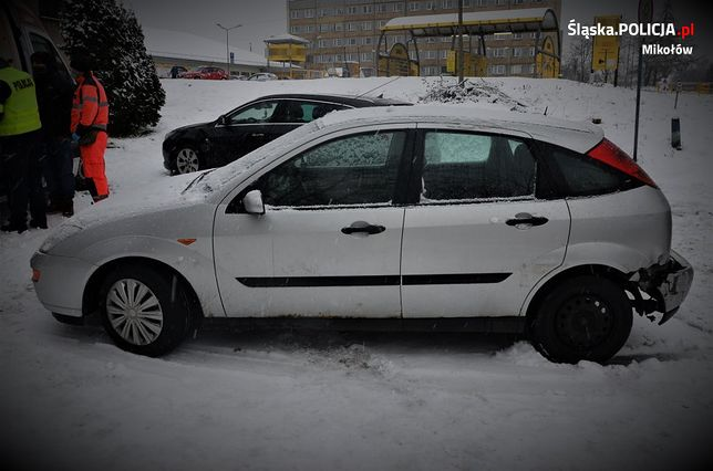 Łaziska Górne. Mikołowianka na długo zapamięta holowanie swojego samochodu.