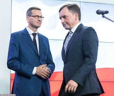 Budżet UE. Zbigniew Ziobro słuchał Jarosława Kaczyńskiego z zaciśniętymi ustami. Końca wojny z Mateuszem Morawieckim nie widać