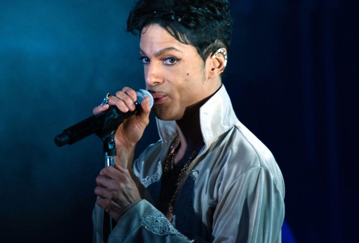 Ujawniono połączenia telefoniczne Prince'a. Artysta nadużywał narkotyków?