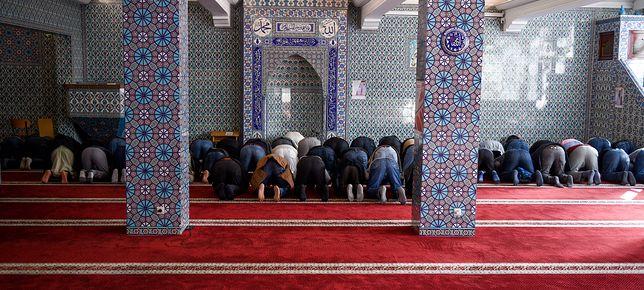 """Niemcy mówią """"nie"""" meczetowi. Władze liczą straty"""