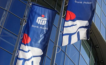 Klienci PKO BP zapłacą więcej. Politycy zablokują plany banku?