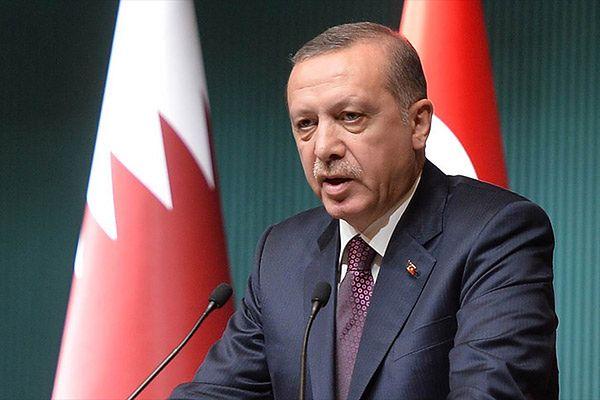 """""""FT"""": Turcja Erdogana oddala się od Zachodu"""
