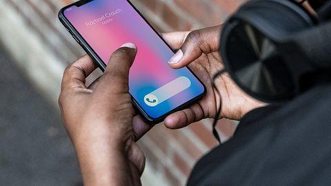 iPhone złamany. iOS 12.4 przywrócił znaną lukę, umożliwia jailbreak