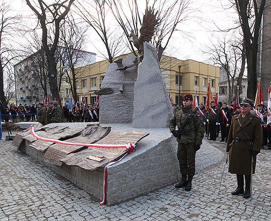 Pierwszy w Polsce Pomnik Ofiar Komunizmu w latach 1918-89
