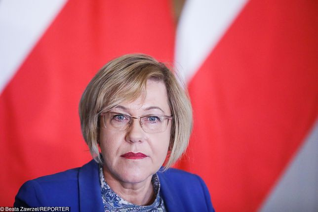 Małopolska kurator oświaty Barbara Nowak nie ma wątpliwości, kto odpowiada za fałszywe alarmy bombowe podczas matur