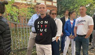 Trwają wybory parlamentarne. Według informacji internauty, miał on problemy z komisją w Berlinie