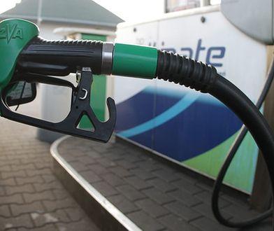 Wzloty i upadki cen paliw