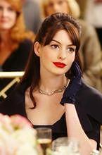 Johnny Flynn zainspirowany tragedią Anne Hathaway