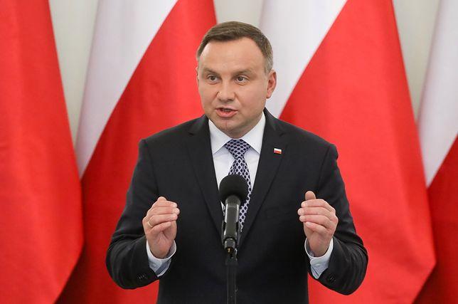 Niemieckie media znów o Polsce. Prezydent Duda wyzywa rząd na pojedynek