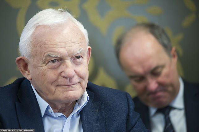 Były premier Leszek Miller (w tle Włodzimierz Czarzasty) - zdj. arch.)