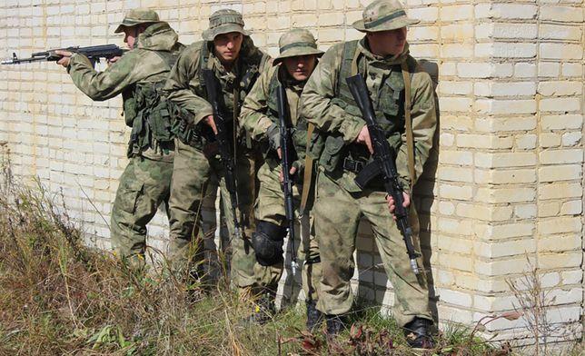 Rosyjscy zwiadowcy podczas ćwiczeń