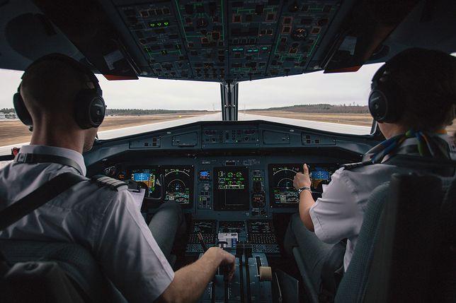 Praca pilota Ryanaira wygląda inaczej niż w filmach.