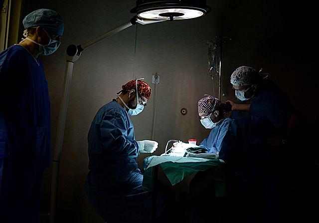 Pierwszy krzyżowy przeszczep nerki
