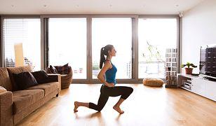 Ćwiczenia stabilizacyjne wzmacniają gorset mięśni głębokich.