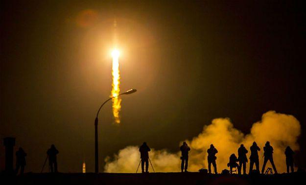 Statek Sojuz TMA-16M przycumował do stacji ISS