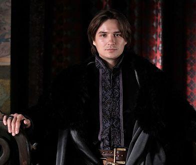"""Wasyl Wasyłyk jako Władysław Jagiełło - serial """"Korona królów""""."""