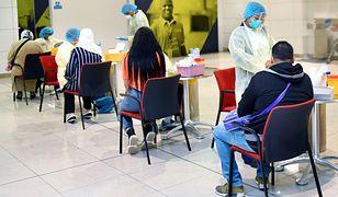 Testy na koronawirusa wykonywane na lotnisku