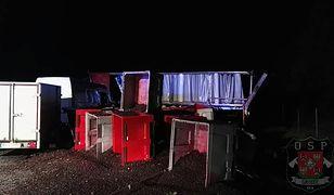 Chrzanów: wypadek na A4. Przewróciła się ciężarówka z porzeczkami