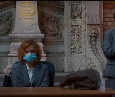"""Kadr z filmu """"Niefortunny numerek lub szalone porno"""", reż. Radu Jude, 2021"""