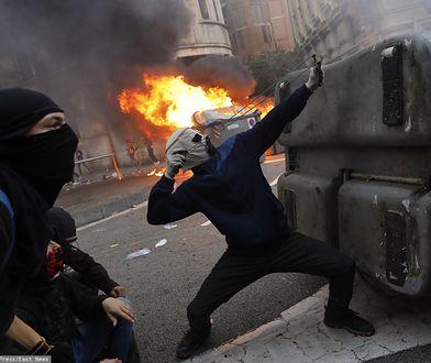 Barcelona. Pół miliona ludzi na ulicach. Starcia z policją