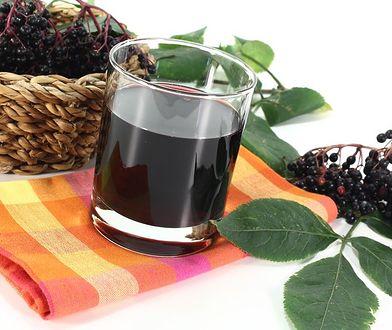 Czarny bez to jedna z roślin powszechnie stosowanych w lecznictwie.