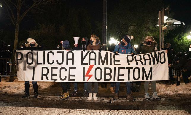 """Strajk Kobiet. """"Zbigniew Ziobro powinien się wstydzić"""""""