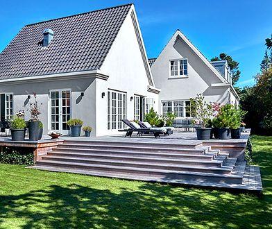 Jak dobrać kolory elewacji do barwy dachu i stolarki zewnętrznej?
