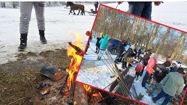 Władze wsi Grylewo zorganizowały ognisko na 50 osób