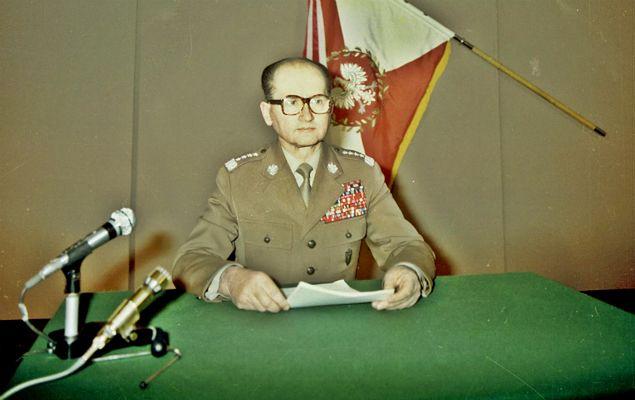 Prof. Sławomir Cenckiewicz: Jaruzelski blokował ujawnianie prawdy o LWP