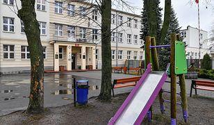 Koronawirus w Polsce. Mimo zawieszenia lekcji w szkołach, w tych placówkach zajęcia muszą odbywać się normalnie.