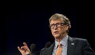 Bill Gates jest ofiarą licznych teorii spiskowych.