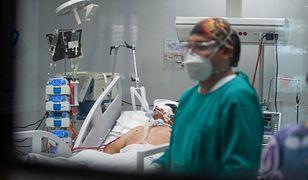 """Koronawirus. Fogiel o trudnej sytuacji w służbie zdrowia. """"Przypadki jednostkowe"""""""