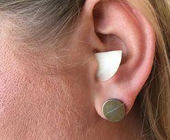 4 sposoby na ból ucha. Pomogą produkty, które masz w kuchni