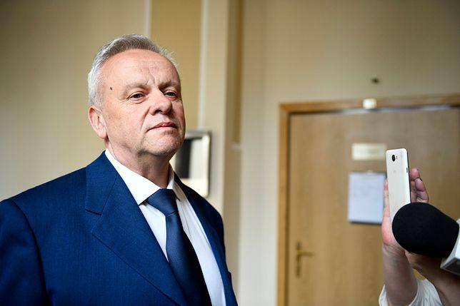 Były marszałek oskarżony o przestępstwa seksualne. Mirosław Karapyta stanął przed sądem