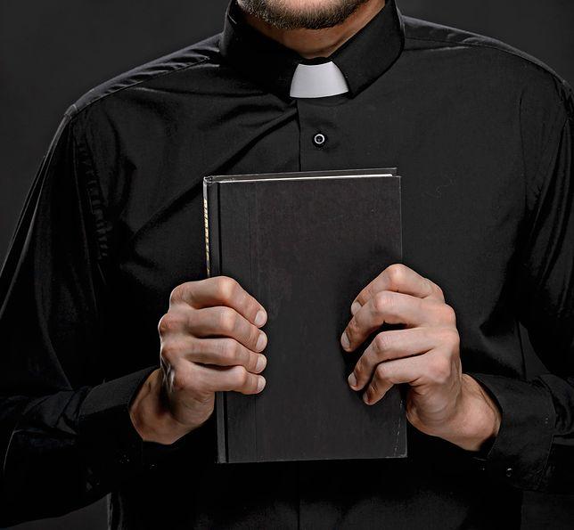 Ksiądz został też przeniesiony do innej parafii