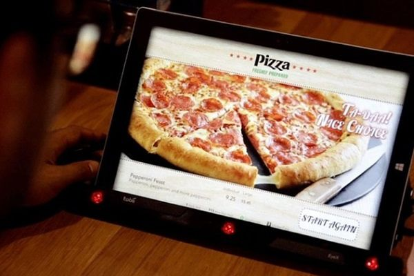 """Pizza Hut pracuje nad """"podświadomym menu"""""""