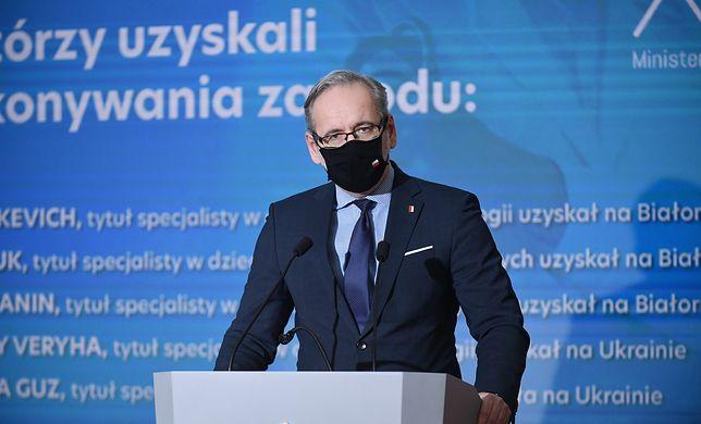 Brytyjska wersja koronawirusa w Polsce. Minister zdrowia: ryzyko zażegnane