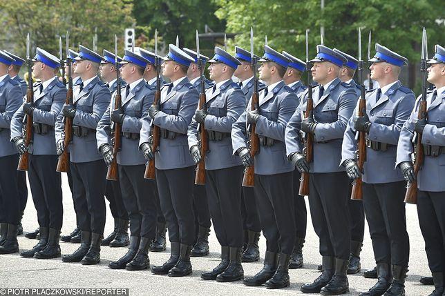 Wyższa Szkoła Policji w Szczytnie. Wykładowca w skandalicznym słowach poprosił o zwolnienie ze służby.