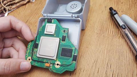Gdzie Nintendo nie może, tam poślą się fani. Youtuberka stworzyła miniaturowego GameCube'a